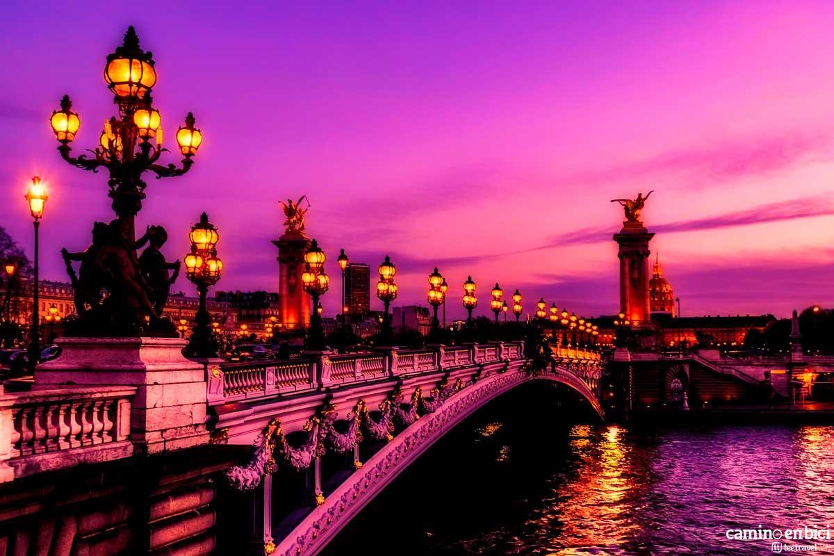 Francia - París - Puente de Alejandro III