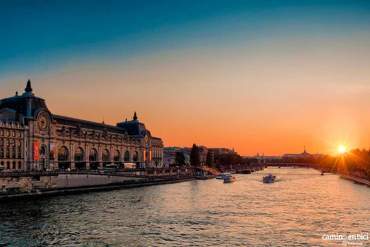 Francia - París - Río Sena