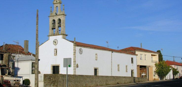 הכנסייה ב-Boente. קרדיט ל-L. Miguel Bugallo Sánchez באתר ויקישיתוף.