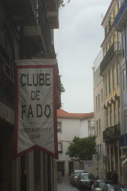 Skilt til en Fado klub i Lissabon