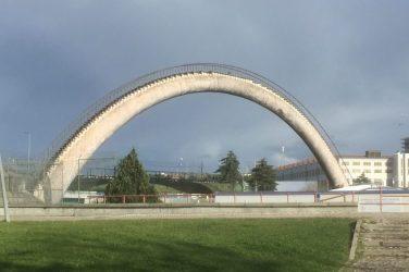 Gangbro efter Parque das Nações - udkanten af Lissabon