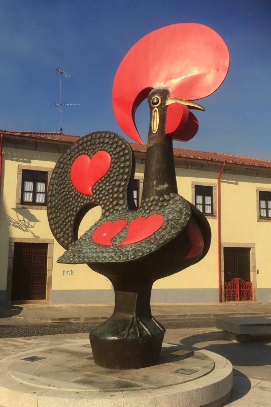 Ankomst til Barcelos - byens kendetegn - minder om Chianti Classico hanen fra Toscana