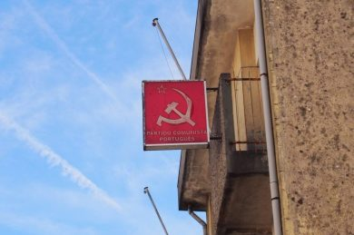 Ja, kommunistpartiet eksisterer vist stadigvæk
