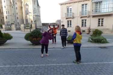 Dag 25 - Lucy møder sine koreanske fæller i Astorga - de holdt også hviledag