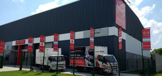Metrocam abrió su casa central de camiones Hino en Moreno