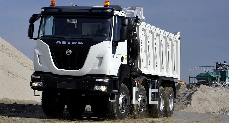 De la mano de Aurelia llegan los nuevos camiones extrapesados Astra a la Argentina
