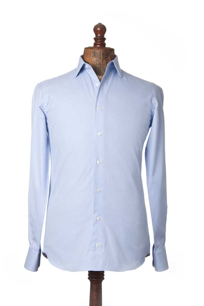 Você pode escolher a camisa de acordo com sua preferência e necessidade. 3caf95f2429ea