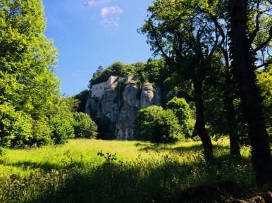 Cambio di sentiero ed inizio dell'anello del Monte Penna