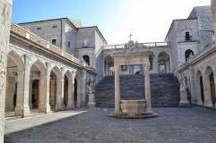Montecassino: chiostro del Bramante