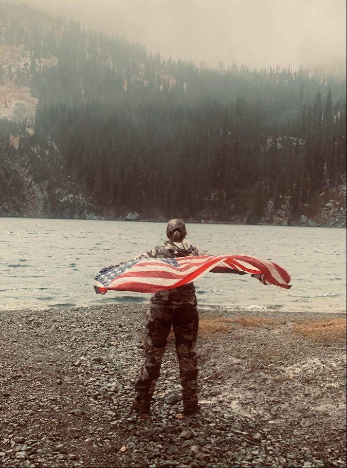 Patriotic hunter