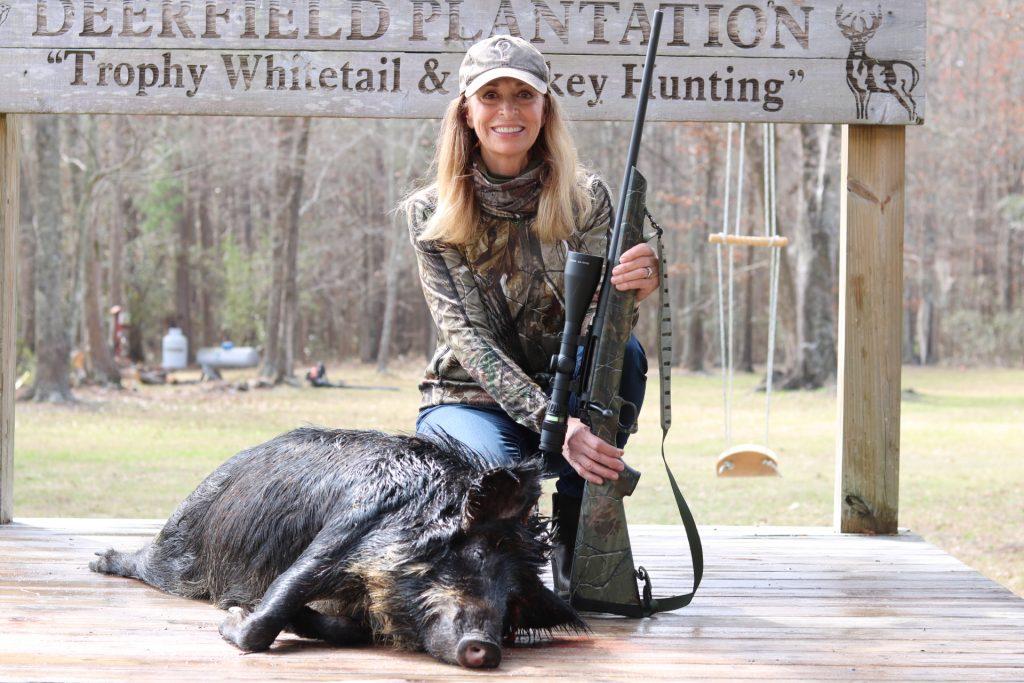 huntress hog hunting