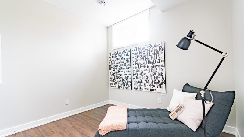 FOR RENT IN BARRHAVEN