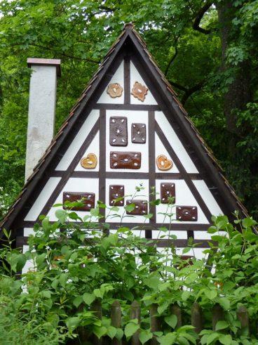 Hexenhaus im Wald
