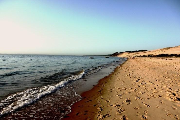 Sandstrand der französischen Atlantikküste.
