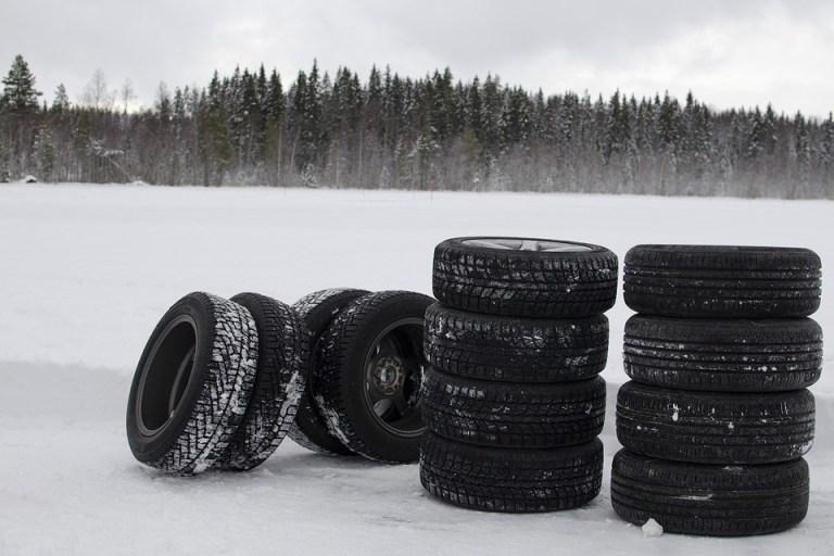 Spätsommer und Winterreifen? Warum Sie jetzt schon an den Reifenwechsel denken sollten
