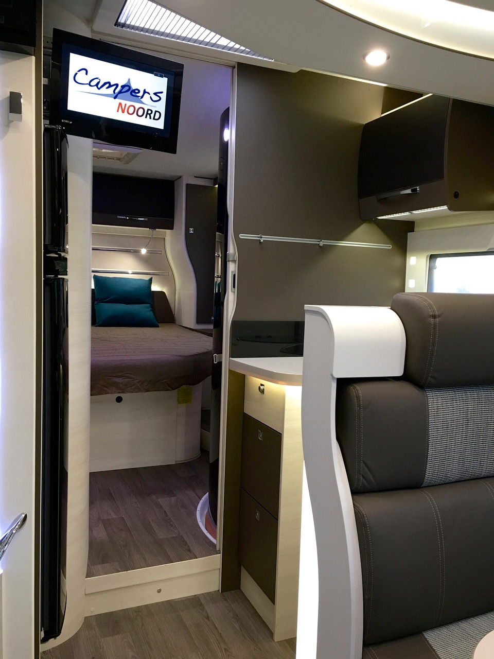 Foto TV Chausson 718 XLB 2017 Campers Noord