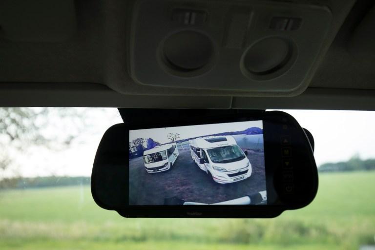 Camera binnenspiegel Chausson 718 XLB VIP te koop bij Campers Noord
