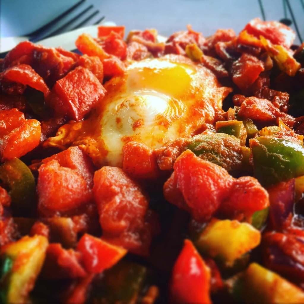 Campervan Shakshuka – Breakfast Recipe