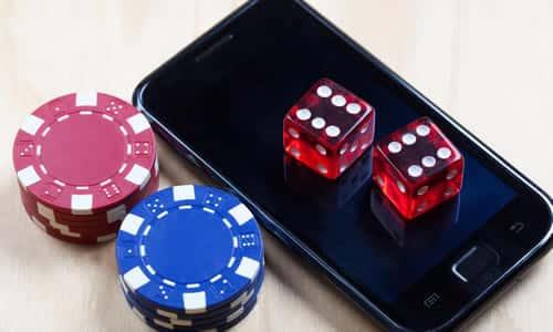 オンラインカジノもスマホに進出
