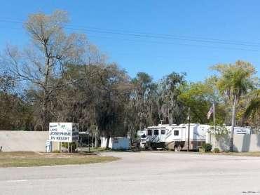 Lake Josephine RV Resort in Sebring Florida1