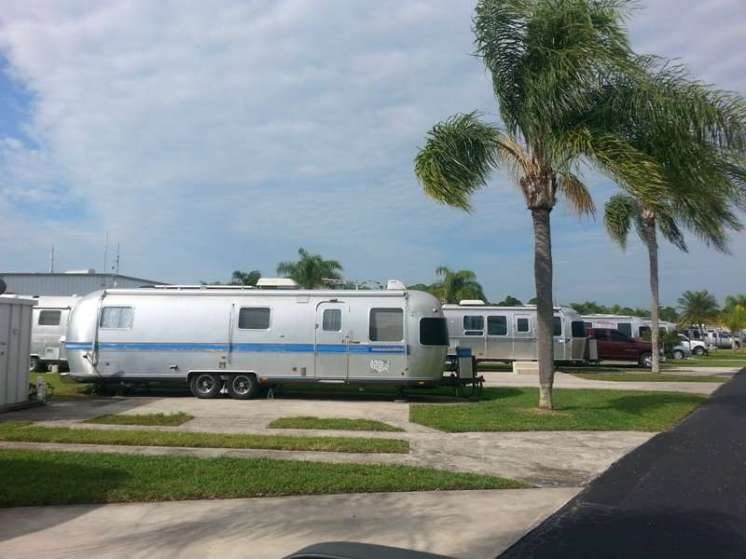 Land Yacht Harbor of Melbourne in Melbourne Florida6