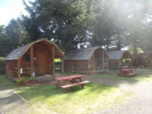 Lincoln City, OR KOA cabins