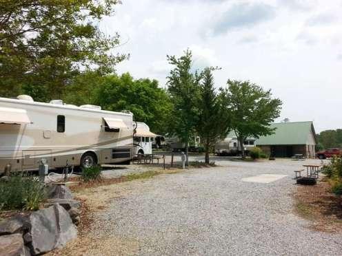 Rutledge Lake RV Resort in Fletcher North Carolina11