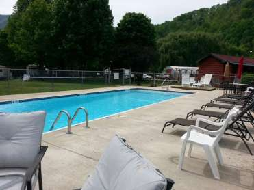 Smoky View Cottages & RV Resort Park in Maggie Valley North Carolina3
