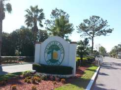 Southern Pines RV Mobile Home Park Resort In Frostproof Florida1