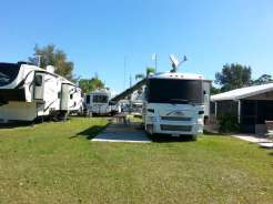 Sun RV Resorts Lake San Marino RV Park in Naples Florida4