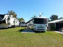 Sun RV Resorts Lake San Marino RV Park in Naples Florida4
