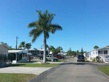Sun RV Resorts Lake San Marino RV Park in Naples Florida6