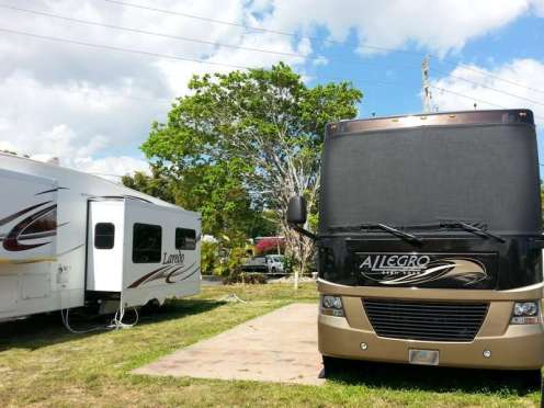 Sunshine Holiday RV Resort in Fort Lauderdale Florida3