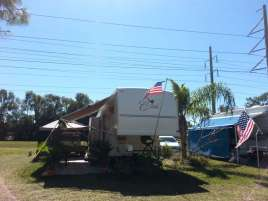 Swan Lake Village & RV Resort in Fort Myers Florida4