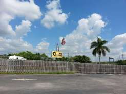Twin Lakes Travel Park in Fort Lauderdale (Davie) Florida5