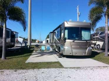 Upriver RV Resort in Fort Myers Florida4