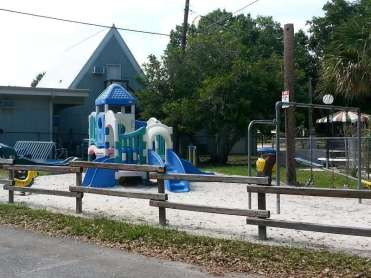 Vero Beach Kamp RV Park in Sebastian Florida7