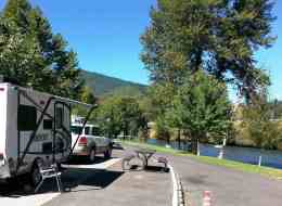 bridgeview-rv-resort-grants-pass-or-5