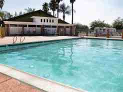 diamond-valley-rv-park-pool2