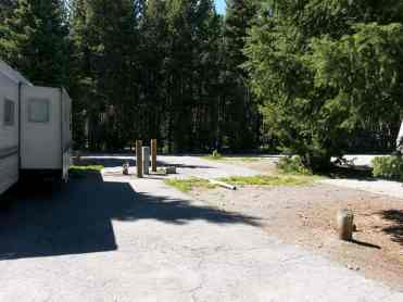 fishing-bridge-rv-park-yellowstone-national-park-back-in-site