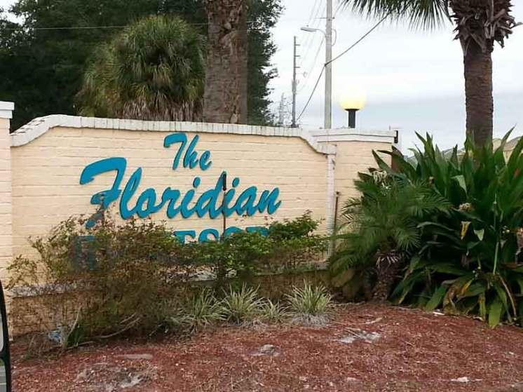 Floridian Resort St Cloud Florida Sign