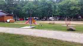 fox-hill-rv-park-campground-baraboo-wi-04