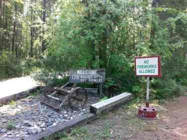 glacier-campground-west-glacier-montana-sign2