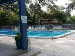 Happy Traveler RV Park in Thonotosassa Florida pool