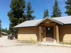 headwaters-flagg-ranch-campground-05