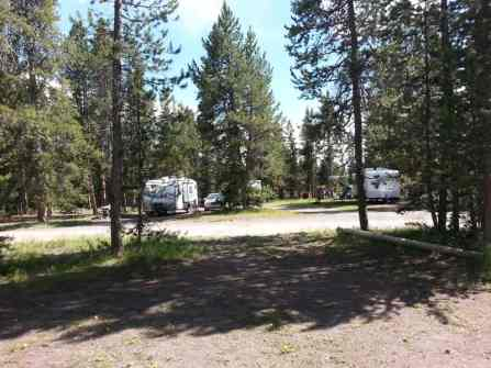 headwaters-flagg-ranch-rv-park-campground-2