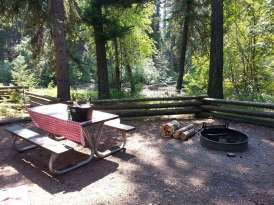 kintla-lake-campground-glacier-national-park-site-river