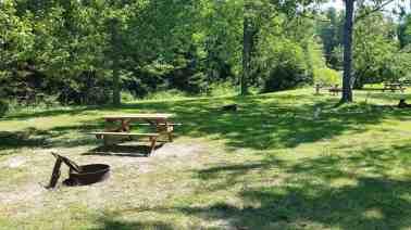 lakeshore-rv-park-campground-st-ignace-mi-09