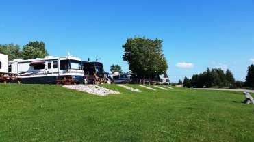 lakeshore-rv-park-campground-st-ignace-mi-24