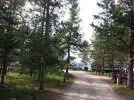 lonesomehurst-campground-west-yellowstone-montana-road